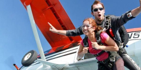How old do you have to be to skydive in Michigan