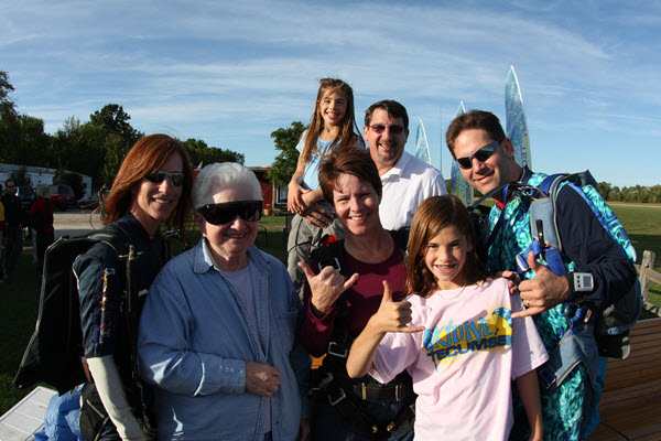 steve kanat family skydiving