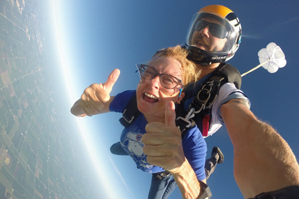 Skydiving exit altitude