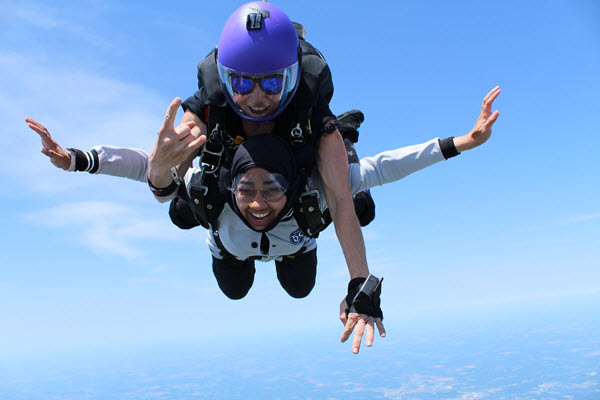 Group skydiving brings people together like nothing else