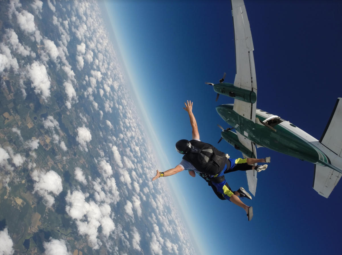 How Skydiving Feels Like | Skydive Tecumseh | Michigan