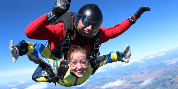 3 Helpful Tips to Overcome Skydiving Anxiety