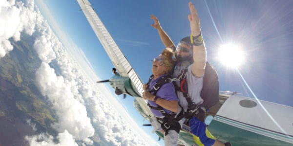 Tips to Budget For Your First Skydive