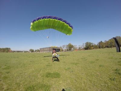 skydive landing