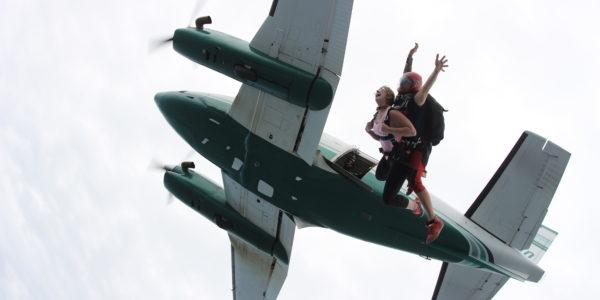 eating before skydiving